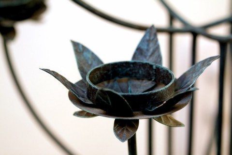 FLOWER HOLDER CANDLE STAND