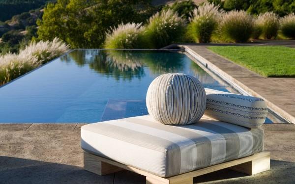 3-Pool-patio-600x375