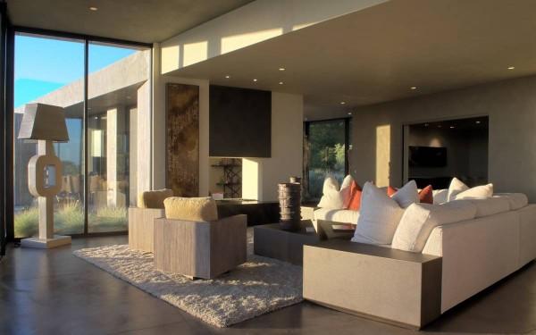 5-Cream-lounge-600x375